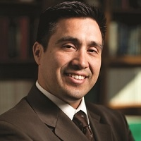 Dr. Javier Cardenas